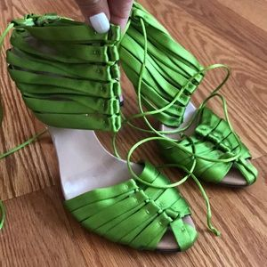 Authentic Gucci Green silk Lace-up heels sz 37